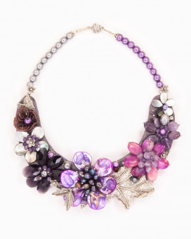 MESMERIZE - colier statement floral mov