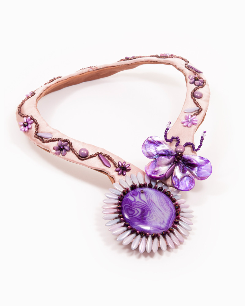 LAVENDER BUTTERFLY | colier statement mov floral